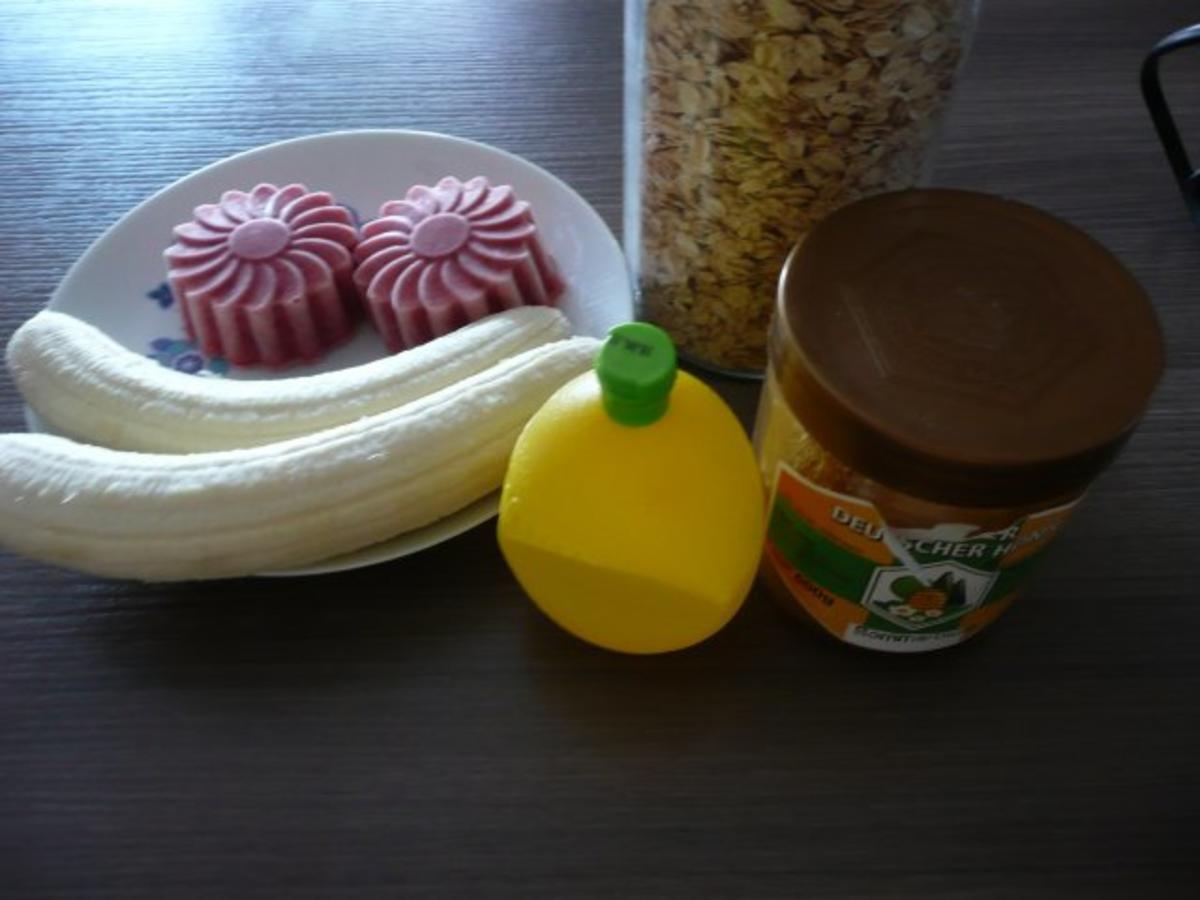Smoothie 2 Himbeereis & Banane zum Frühstück. Rezept Eingereicht von GINA-ANNA