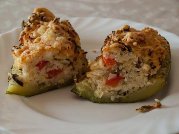 Gefüllte Zucchini  mit Schafskäse - Rezept - Bild Nr. 2
