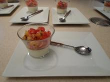 Knoblauch-Panna-Cotta mit Tomaten-Aprikosen Confit - Rezept