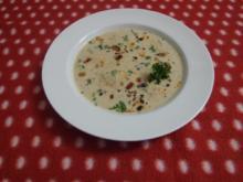 Mandelcremesüppchen mit gebratener Chorizo-Dattel-Mischung - Rezept