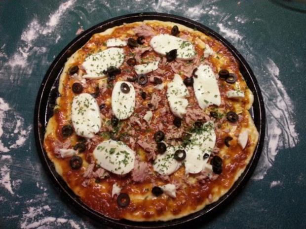 ~ Luftig mediterraner Pizzateig (große runde Pizza) ~ - Rezept - Bild Nr. 2