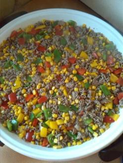 warmer Reissalat mit Paprika und Mais - Rezept