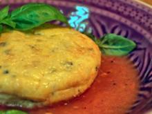Parmesan-Flan auf Tomatenbett - Rezept