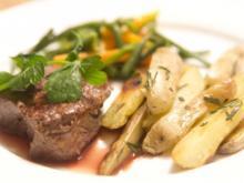 Rinderfilet aus dem Havelland mit La Ratte Kartoffeln und Mischgemüse (Jörn Schlönvoigt) - Rezept
