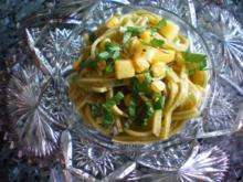 Salat: Pastasalat mit Nektarinen - Rezept