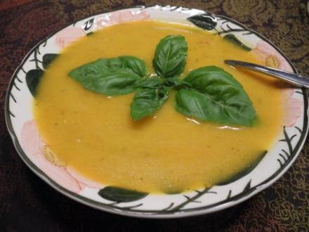 Vegan : Kürbis - Kokosmilch - Suppe - Rezept