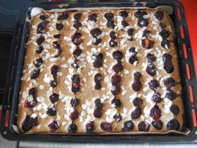 Mohn - Blechkuchen mit Pflaumen - Rezept