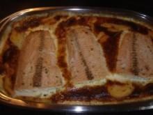 Lachsfilet auf Kartoffel-Karotten Gratin - Rezept