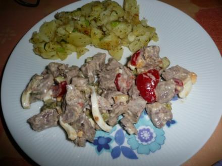 Rindfleisch - Salat An Bratkartoffeln. - Rezept