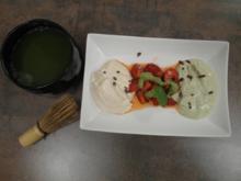 Zweierlei Mousse an Erdbeeren - Rezept