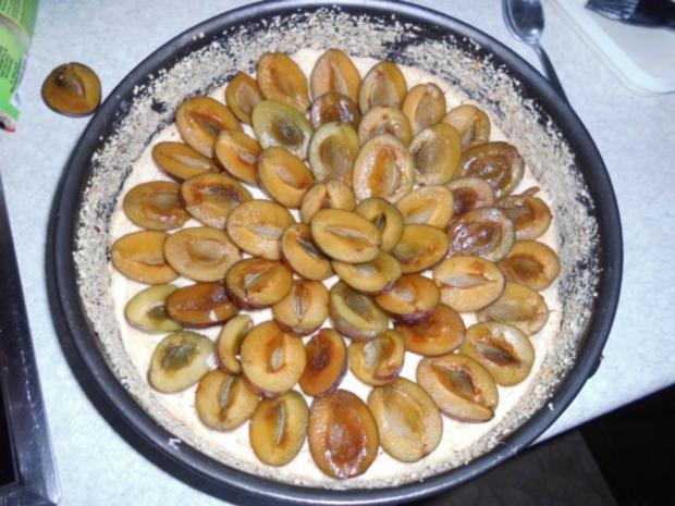 Gabi's erster Pflaumenkuchen mit Pflaumen aus Nachbar's Garten - und auch letzer Kuchen - Rezept - Bild Nr. 10