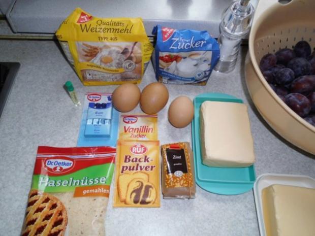Gabi's erster Pflaumenkuchen mit Pflaumen aus Nachbar's Garten - und auch letzer Kuchen - Rezept - Bild Nr. 2
