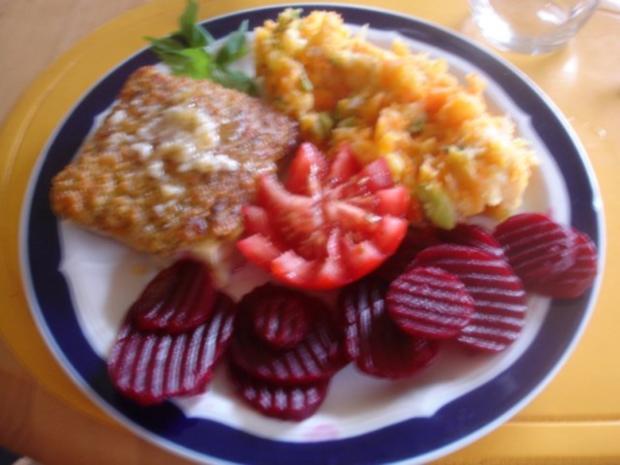 Schlemmerfilet mit Möhren-Kartoffel-Stampf und Rote Bete-Salat - Rezept