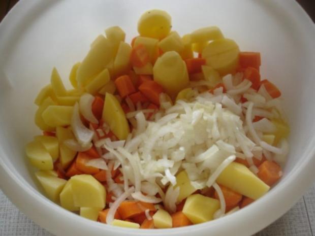 Schlemmerfilet mit Möhren-Kartoffel-Stampf und Rote Bete-Salat - Rezept - Bild Nr. 5