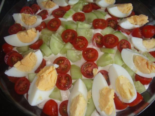 Schichtsalat mit geschmorter Paprika - Rezept - Bild Nr. 5