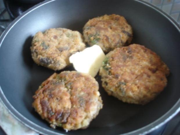 Pilzbuletten mit grünen Bohnen und Kartoffelstampf - Rezept - Bild Nr. 3