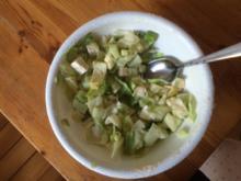 Salat in grün mit Hirtenkäse - Rezept