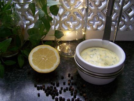Zitronen - Dill - Butter a la Hoci - Rezept - Bild Nr. 8294