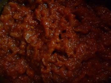 Tomatenessenz / Grundlage für eine geschmackvolle Tomatensauce - Rezept