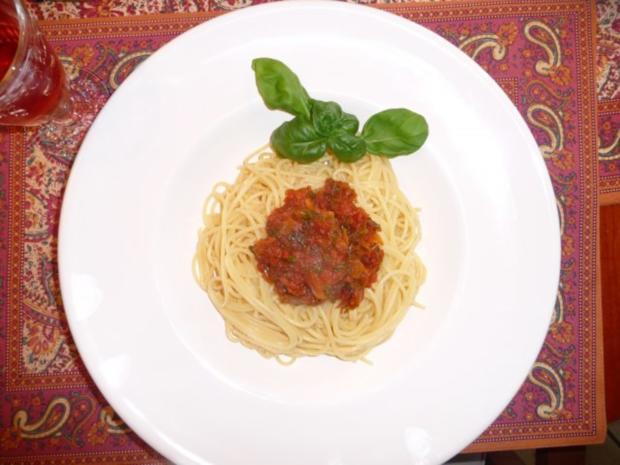 Tomatenessenz / Grundlage für eine geschmackvolle Tomatensauce - Rezept - Bild Nr. 3
