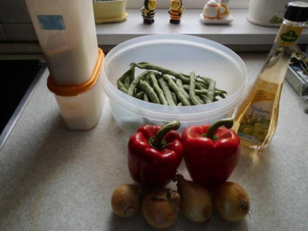 Grüne Bohnen mit Paprikaschoten süß-sauer eingelegt - Rezept - Bild Nr. 3