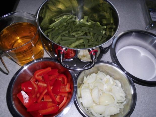 Grüne Bohnen mit Paprikaschoten süß-sauer eingelegt - Rezept - Bild Nr. 4