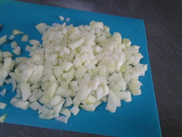 Apfel-Zwiebel-Sauerkraut mit Eisbein, ger. Rippchen und ger. Mettwürstchen und Kasseler - Rezept - Bild Nr. 5