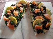 Fladenbrot-Spinat-Pizza-mit Lachs - Rezept