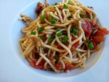 Knoblauch-Tomatenspaghetti - Rezept