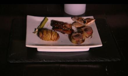 Große Sauerei:  Gefülltes  Schweinefilet, Fledermausstück, Kotlettrippchen - Rezept