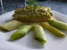 Lachsfilet mit Kartoffelsenfkruste und Lauch - Rezept