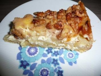 Apfelkuchen mit karamellisierten Wallnüssen, zur 135 Jahre Feier. - Rezept