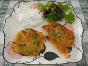 Rezept: Kartoffelröstis mit Frühlingszwiebeln an Budwig-Quark mit Salatmix