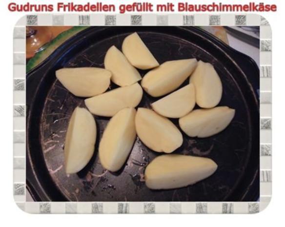 Hackfleisch: Gefüllte Frikadellen mit Blauschimmelkäse und Tomaten-Gorgonzolasoße - Rezept - Bild Nr. 9