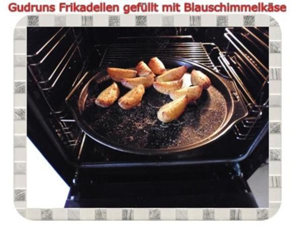 Hackfleisch: Gefüllte Frikadellen mit Blauschimmelkäse und Tomaten-Gorgonzolasoße - Rezept - Bild Nr. 17