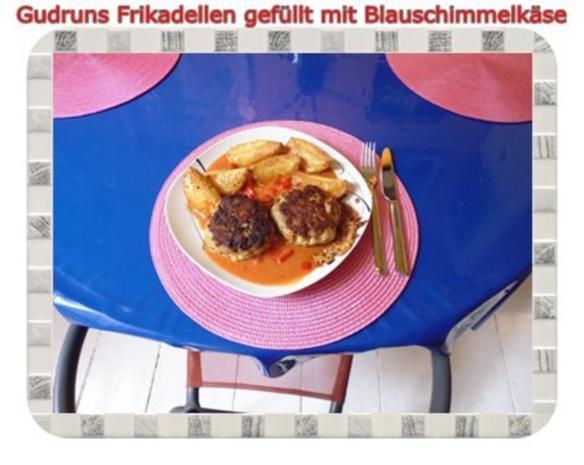 Hackfleisch: Gefüllte Frikadellen mit Blauschimmelkäse und Tomaten-Gorgonzolasoße - Rezept - Bild Nr. 18