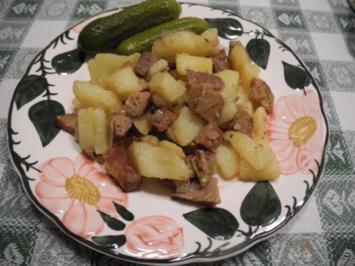 Bratkartoffeln mit Seitan und Gewürzgurken - Rezept