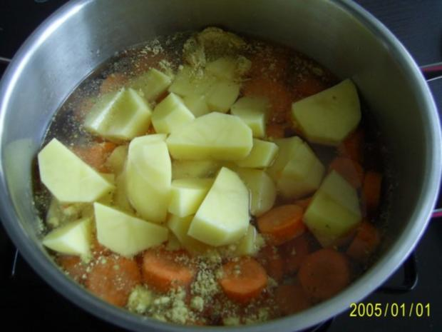 Ohne Fleisch: Senf-Eier & Kartoffel-Möhren-Püree - Rezept - Bild Nr. 2