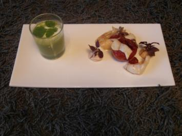 Rezept: Calamaretti mit Zimt-Tomate an Ricottacrème, Erbsen-Apfel-Gazpacho & Basilikum-Mousse