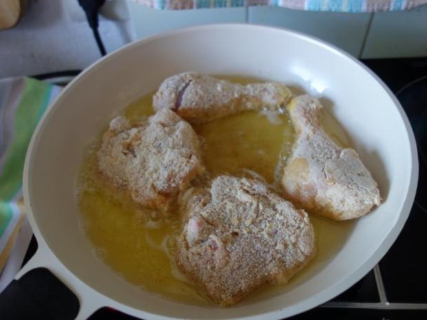 Hendlhaxn - Hühnerkeule paniert, garniert mit Parasolpilz - Rezept - Bild Nr. 9