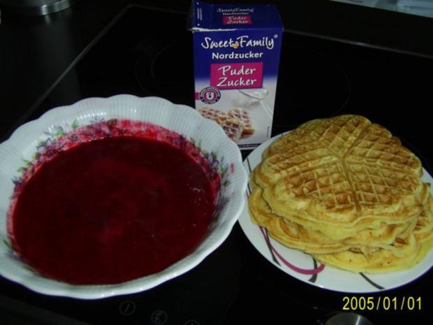 Dessert: Köstliche Waffeln mit warmen Himbeerpüree - Rezept - Bild Nr. 5