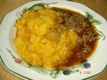 Karotten-Kartoffelgestampf mit Haschee - Rezept