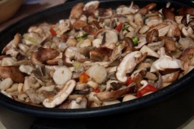 Pilzgerichte: Steinpilzcarpaccio, Pasta mit Steinpilzen und eingelegte Steinpilze - Rezept