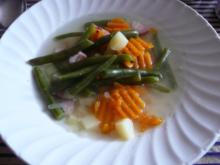 Grüne Bohnen  Suppe, mit Speckwürfel . - Rezept