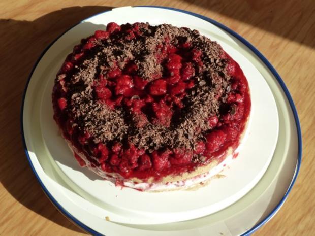 Himbeer-Schicht-Torte mit Schokoraspeln - Rezept - Bild Nr. 8