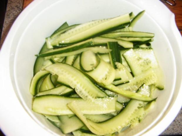 Gurkensalat mit dem asiatischen Pfiff - Rezept - Bild Nr. 3