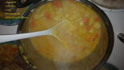Suppen: Leon's Kürbis-Kartoffel-Gemüse in einer Pilz-Rahm-Soße - Rezept