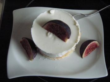 Rezept: Quarktörtchen mit Birnenstückchen und Feige