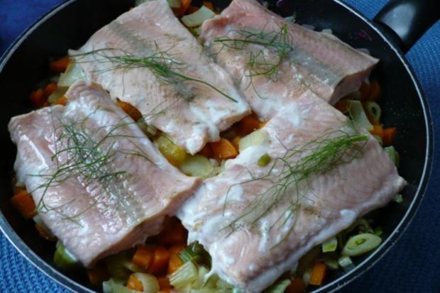 Lachs auf Möhren - Fenchel - Orangen -Gemüse - Rezept - Bild Nr. 9