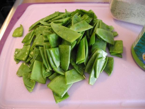 Schmorgurken an Kokosmilch mit Zuckerschoten dazu Kamut und Mandel - Tofu - Rezept - Bild Nr. 8